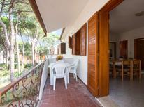 Appartement 933271 voor 8 personen in Rosolina Mare