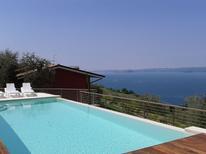 Ferienwohnung 933565 für 6 Personen in Torri del Benaco