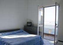 Ferienwohnung 933619 für 6 Personen in Casamicciola Terme