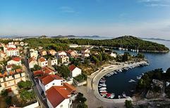 Ferienwohnung 933818 für 2 Erwachsene + 2 Kinder in Tribunj