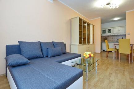 Apartamento 933830 para 6 adultos + 2 niños en Karin Gornji