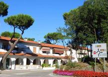 Ferienwohnung 936437 für 6 Personen in Rosolina Mare