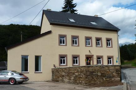 Holiday home 936735 for 18 adults + 2 children in Zweifelscheid
