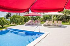 Ferienwohnung 936979 für 2 Erwachsene + 2 Kinder in Seget Donji