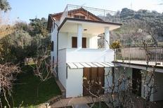 Ferienhaus 937012 für 5 Personen in Pietrasanta