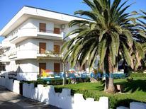 Appartamento 940278 per 4 persone in Villa Rosa
