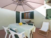 Feriehus 940655 til 2 personer i Marina Di Massa