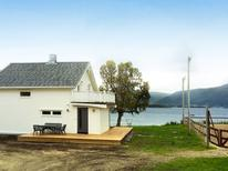 Holiday home 940794 for 8 persons in Tisnes