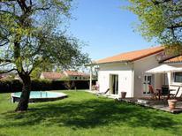 Ferienhaus 942280 für 7 Personen in La Veange