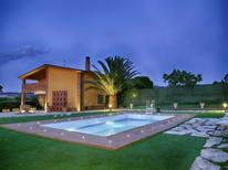 Ferienhaus 942945 für 6 Personen in Petacciato