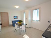 Ferienwohnung 942953 für 5 Personen in Rosolina Mare