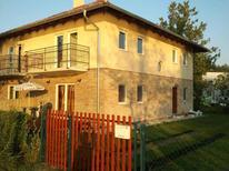 Holiday apartment 944788 for 6 persons in Zamárdi