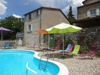 Dom wakacyjny 945968 dla 4 dorośli + 3 dzieci w Saint-Paul-le-Jeune