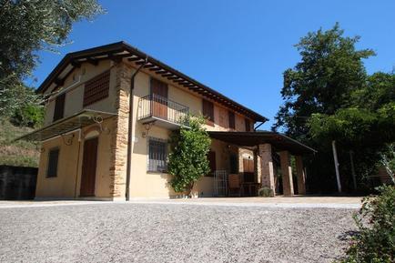 Villa 946146 per 5 persone in Strettoia