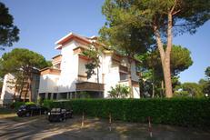 Semesterlägenhet 946802 för 5 personer i Lignano Pineta