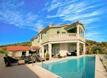 Casa de vacaciones 947416 para 11 personas en Bilo