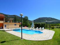 Casa de vacaciones 947535 para 12 personas en Makarska