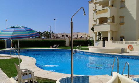 Ferienwohnung 947538 für 6 Personen in Roquetas de Mar