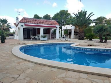 Villa 948417 per 8 persone in Les Tres Cales
