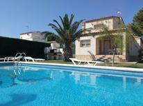 Ferienhaus 948418 für 6 Personen in Les Tres Cales