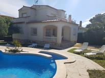 Ferienhaus 948429 für 9 Personen in Les Tres Cales