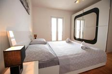 Holiday apartment 948549 for 5 persons in Podstrana