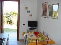 Ferienwohnung 949378 für 2 Personen in Capoliveri
