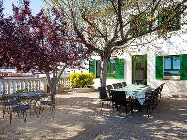 Casa de vacaciones 949414 para 11 personas en Arenys De Munt