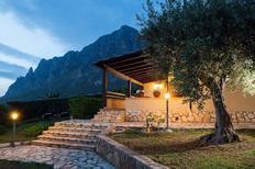 Casa de vacaciones 949504 para 6 personas en Custonaci