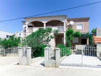Ferienwohnung 950814 für 8 Personen in Maslenica