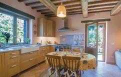 Ferienhaus 952698 für 8 Personen in Urbino