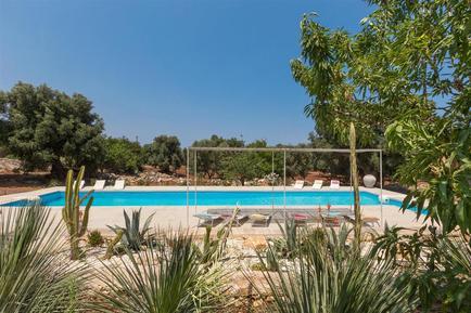 Vakantiehuis 953951 voor 12 personen in Carovigno