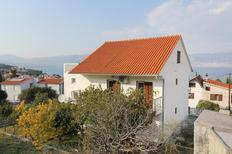 Holiday apartment 955875 for 5 persons in Slatine