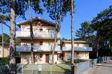 Appartamento 956452 per 5 persone in Lignano Pineta