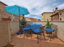 Holiday apartment 957567 for 5 persons in Pomer