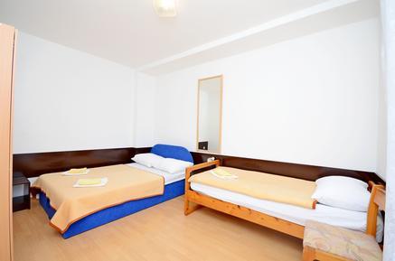 Appartement 957994 voor 4 personen in Gradac