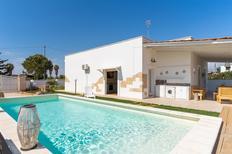 Ferienhaus 958446 für 8 Personen in Torre Suda