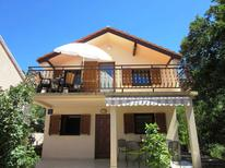 Holiday apartment 958491 for 4 persons in Karlobag