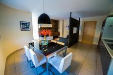 Appartement 958707 voor 6 personen in Roses