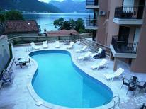 Appartement de vacances 958955 pour 8 personnes , Dobrota