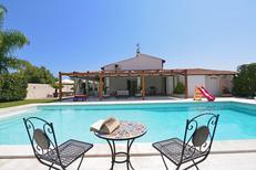 Ferienhaus 961252 für 8 Personen in Floridia
