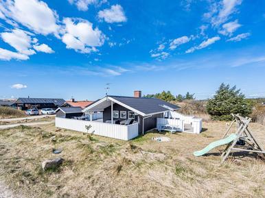 Villa 963670 per 6 persone in Bjerregård