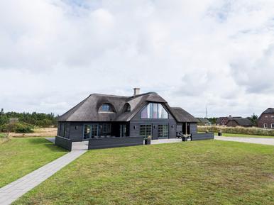 Casa de vacaciones 963755 para 8 personas en Blåvand