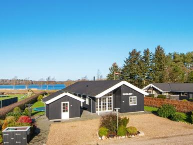 Casa de vacaciones 964543 para 10 personas en Kvie Sö