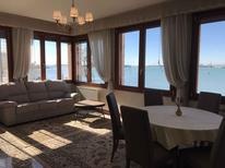 Ferienwohnung 964692 für 6 Personen in Lido di Venezia