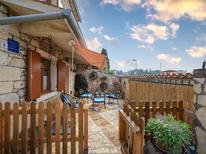 Maison de vacances 965155 pour 8 personnes , Materada Maj