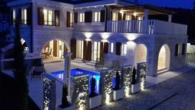 Villa 965294 per 10 adulti + 2 bambini in Sevid