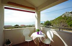 Appartement 966769 voor 5 personen in Makarska