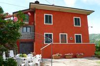 Gemütliches Ferienhaus : Region Marliana für 6 Personen