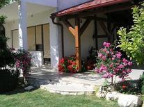 Ferienhaus 968226 für 4 Erwachsene + 1 Kind in Krneza
